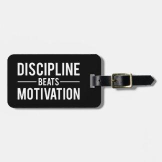 Etiqueta De Bagagem A disciplina bate a motivação - inspirada