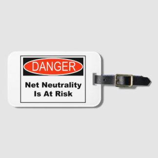 Etiqueta De Bagagem A neutralidade líquida é em risco