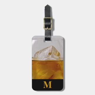 Etiqueta De Bagagem Aguardente do viagem do monograma nas rochas