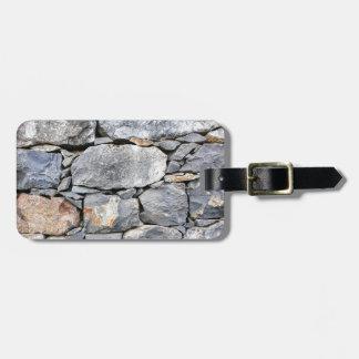 Etiqueta De Bagagem Backgound de pedras naturais como a parede