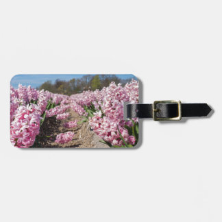 Etiqueta De Bagagem Campo de flores com os jacintos cor-de-rosa em