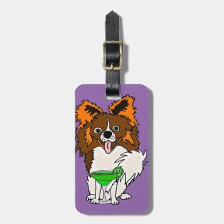 Etiqueta De Bagagem Cão engraçado de Papillon que bebe desenhos