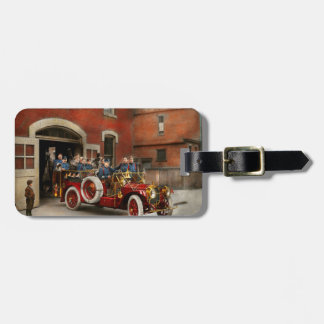 Etiqueta De Bagagem Carro de bombeiros - o esquadrão 1911 do vôo