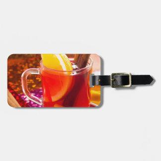 Etiqueta De Bagagem Copo transparente do chá com citrino e canela