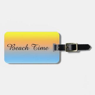 Etiqueta De Bagagem Cores da praia do por do sol com o Tag