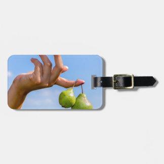 Etiqueta De Bagagem Entregue guardarar duas peras verdes de suspensão