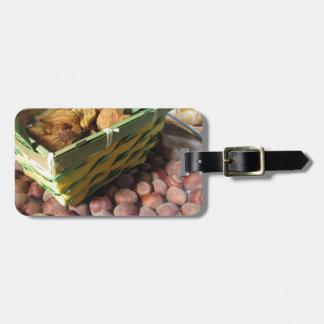 Etiqueta De Bagagem Frutas do outono com avelã e os figos secados