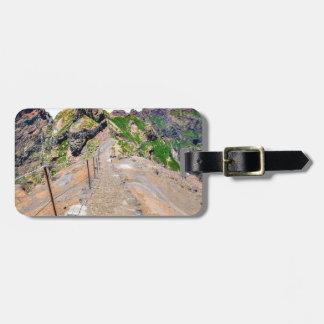 Etiqueta De Bagagem Fuga de caminhada acima nas montanhas em Madeira