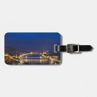 Etiqueta De Bagagem Hungria Budapest no panorama da noite