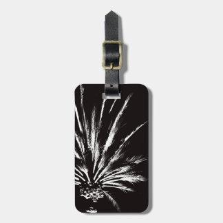 Etiqueta De Bagagem Modelo preto e branco dramático da palmeira