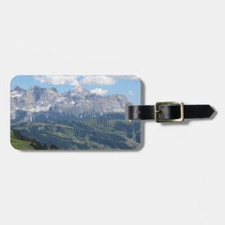 Etiqueta De Bagagem Mountain View das dolomites italianas no verão