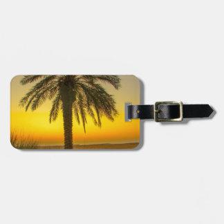 Etiqueta De Bagagem Nascer do sol da palmeira