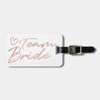 Etiqueta De Bagagem Noiva da equipe - o falso cor-de-rosa do ouro foil