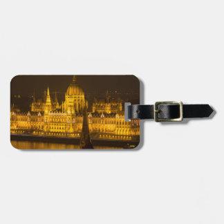 Etiqueta De Bagagem O parlamento húngaro Budapest em a noite