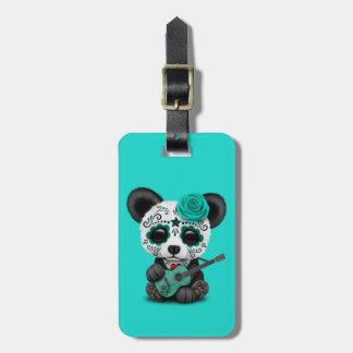 Etiqueta De Bagagem Panda azul do crânio do açúcar que joga a guitarra