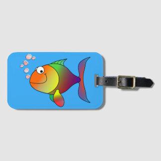 Etiqueta De Bagagem Peixe dourado alegre bonito no mar, luz - azul