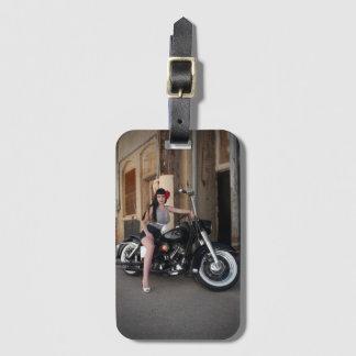 Etiqueta De Bagagem Pin Rockabilly da motocicleta do centro do beco