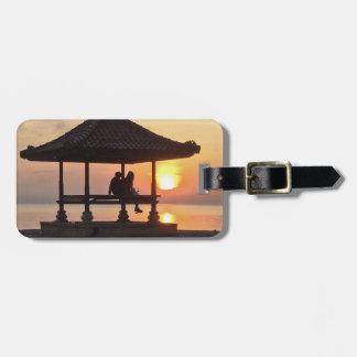 Etiqueta De Bagagem Por do sol romântico da ilha de Bali