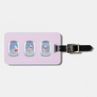 Etiqueta De Bagagem Porcos que voam após janelas do avião
