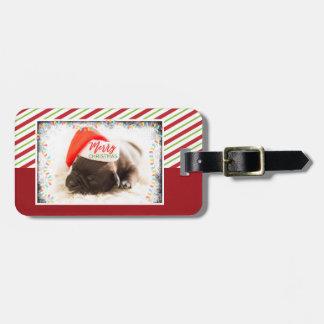 Etiqueta De Bagagem Pug do Natal no chapéu do papai noel com luzes de