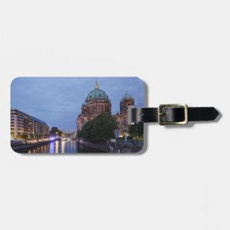 Etiqueta De Bagagem Série e catedral do rio em Berlim, Alemanha