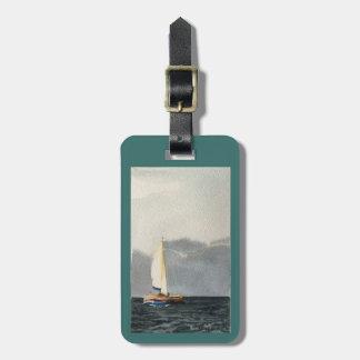 Etiqueta De Bagagem Tag da bagagem com o veleiro nos cinzas