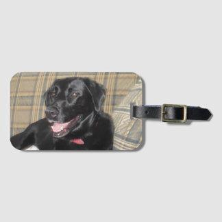 Etiqueta De Bagagem Tag preto da bagagem de Labrador com entalhe de