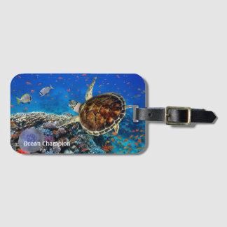 Etiqueta De Bagagem Tartaruga de Hawksbill em um recife