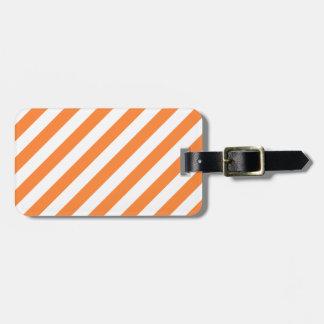 Etiqueta De Bagagem Teste padrão diagonal alaranjado e branco das