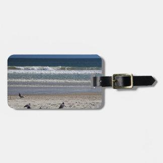 Etiqueta De Bagagem Watchin o rolo da maré afastado