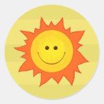 Etiqueta de sorriso feliz de Sun Adesivos Em Formato Redondos