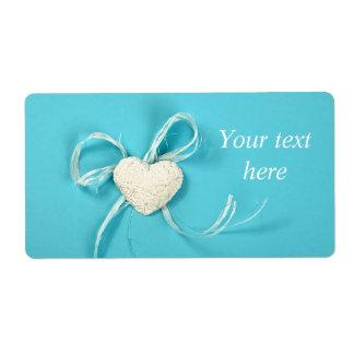 Etiqueta de transporte com coração no papel azul etiqueta de frete