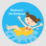 Etiqueta do aniversário da festa na piscina adesivo redondo