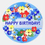 Etiqueta do aniversário do ~ do jardim adesivos em formato redondos
