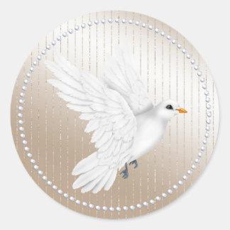 Etiqueta do casamento da pérola e da pomba do adesivo