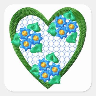Etiqueta do coração do miosótis das flores adesivo quadrado