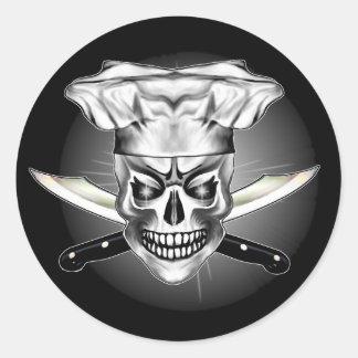Etiqueta do cozinheiro chefe do crânio adesivos redondos