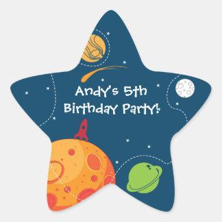 Etiqueta do favor do aniversário do astronauta do adesito estrela