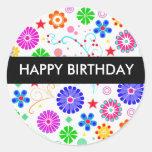 Etiqueta do feliz aniversario adesivo em formato redondo
