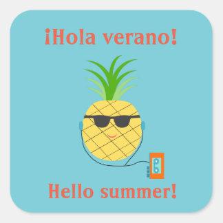 """Etiqueta do verão do espanhol """"olá!"""" com abacaxi"""