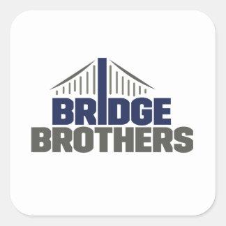 Etiqueta dos irmãos da ponte