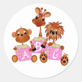 Etiqueta-é bebês de uma selva da menina adesivos em formato redondos