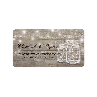 Etiqueta Endereço de madeira rústico do casamento da luz da