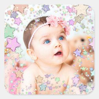 Etiqueta estrelado da foto do bebê adesivo quadrado