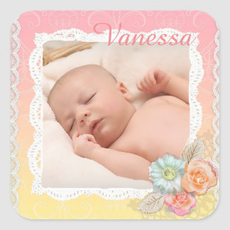 Etiqueta floral coral do bebé doce