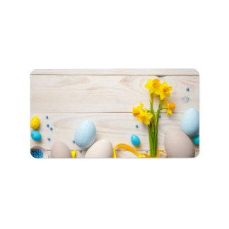 Etiqueta Fundo da páscoa com as flores do primavera dos