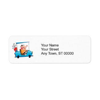Etiqueta jogador de golfe engraçado no carro de golfe