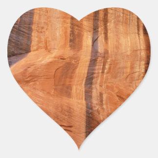 Etiqueta listrada da rocha de Zion Adesivos De Corações