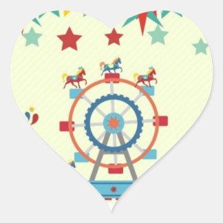 etiqueta lustrosa do circo da forma do coração