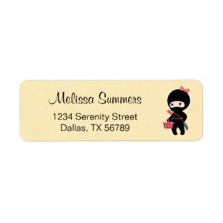 Etiqueta Menina de Ninja da compra no amarelo